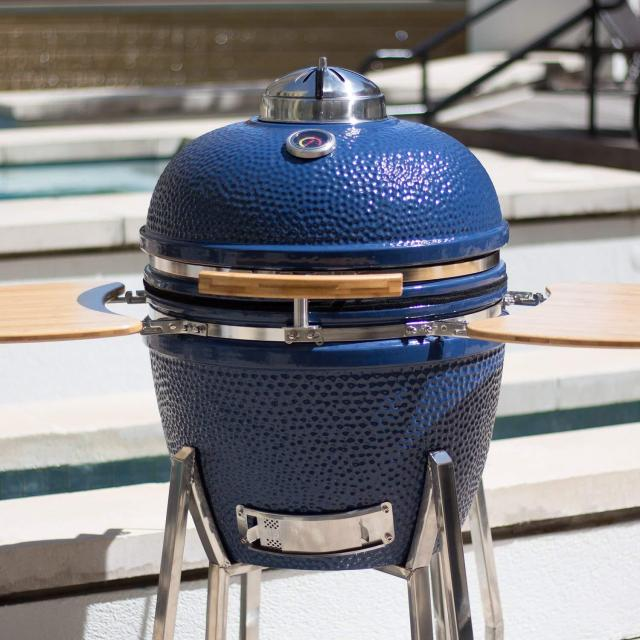 Lonestar Chef SCS-K19 Ceramic Kamado Grill for $549.99